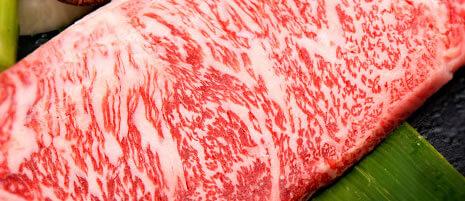 HMBアルティメイトは牛肉350g分のBCAA成分配合