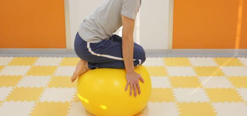 体幹を鍛える!効果抜群バランスボール